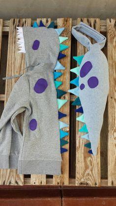 Adult Dino Costume: Tail and Hoodie Dinosaur Halloween Costume, Family Halloween Costumes, Diy Costumes, Halloween Crafts For Kids, Halloween Diy, Dinosaur Tails, Sewing Crafts, Sewing Projects, Fairy Birthday Party