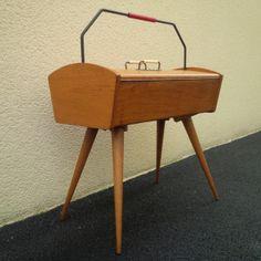 Travailleuse 50's Scoubidou #couturière #vintage #1950 #scoubidou
