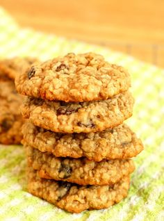 Perfect Chewy Oatmeal Raisin Cookies!