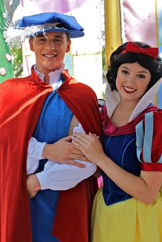 Snow White and Prince ... He is HOT!