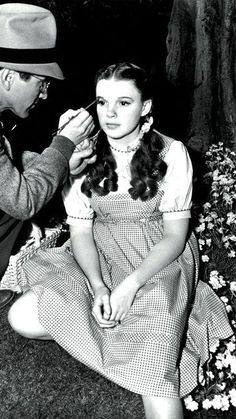Judy Garland - Behind the scenes of The Wizard of Oz (1939)