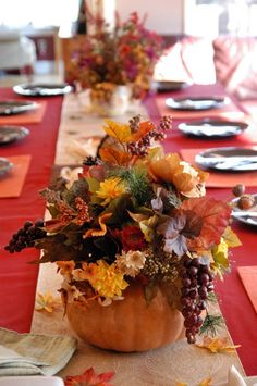 Beautiful Thanksgiving Table Decoration