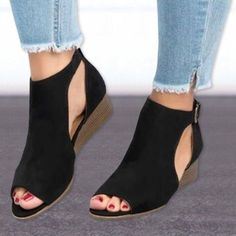 218d3a28225 666 Best shoes images in 2019 | Boots, Flat sandals, Sandals