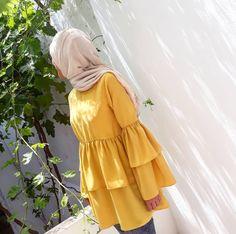 Ideas Style Hijab Casual Scarfs For 2019 Hijab Casual, Hijab Chic, Casual Chic, Mode Abaya, Mode Hijab, Iranian Women Fashion, Muslim Fashion, Girl Hijab, Hijab Outfit