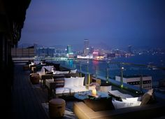 Meet the top 10 mind-blowing rooftop bars in the world / centre bar, bar design project , rooftop bars / #barchairs #luxuriousbars #modernchairs/ For more reading : http://www.designcontract.eu/uncategorized/meet-mind-blowing-rooftop-bars-world-2/