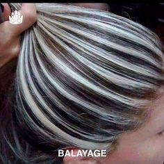 Hair Highlights And Lowlights, Hair Color Highlights, Ombre Hair Color, Hair Colors, Silver Highlights, Platinum Highlights, Silver Ombre Short Hair, Silver Hair, Frosted Hair