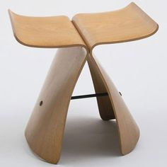 Butterfly stool by Sori Yanagi - a classic of mid-century modern furniture design  #modern