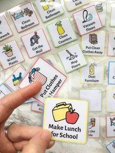 These are the best chore charts for kids with printable chore cards of age appropriate chores! Love these easy parenting tips for teaching kids responsibility! Great printable chore charts for a weekly chores tracker! Age Appropriate Chores For Kids, Chores For Kids By Age, Toddler Chores, Weekly Chore Charts, Weekly Chores, Chore Chart By Age, Family Chore Charts, Chore Chart For Toddlers, Charts For Kids