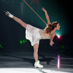"Skate Ontario via Twitter 31 Jan 2015 - ""The incomparable Ekaterina Gordeeva at the @SkateNiagaraIS!"""
