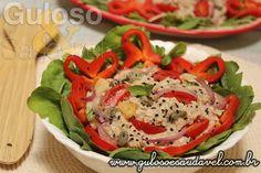 Esta deliciosa Salada de Aveia e Atum é uma entrada ou refeição leve que tem a vantagem de saciar muito! #Receita aqui: http://www.gulosoesaudavel.com.br/2015/10/13/salada-aveia-atum/