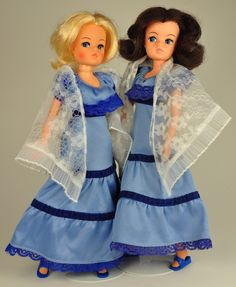 Welcome to our Sindy museum, our online reference site for Pedigree Sindy doll outfits 1963 to Hippie Style Clothing, Hippie Outfits, Gypsy Style, Gypsy Clothing, Fashion Dolls, Fashion Outfits, Doll Outfits, Fashion Goth, Female Pirate Costume