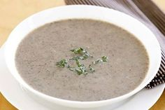 Slurp your way into winter with this classic Creamy mushroom soup. Recipe With Cream Of Mushroom Soup, Creamy Mushroom Soup, Mushroom Soup Recipes, Creamy Mushrooms, Stuffed Mushrooms, Brown Mushroom, Chicken Base, Western Food, Peeling Potatoes