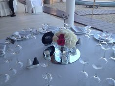 "Celebra tu boda con nosotros en Ibiza/Celebrate your wedding with us in Ibiza. Centro de mesa ""Plus"""