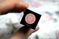 #kamzakrasou vrevlon #revloncosmetics #roge #noveruze #red #pink #musthave #touch #lipstick #velvet #decorativecosmetics TEST:+Revlon+-+krémový+hydratačný+lesk+na+pery