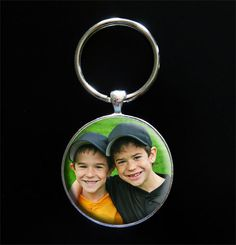 Photo Jewelry Making: Instant Large Round Photo Keychain Kit Dads Gift, $9.99