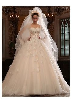 Wedding Dress 2014 beautiful, especially the top half