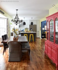 Jenna Burger Design HOME TOUR! Filled with attainable + approachable design solutions and DIY creations, this classic-eclectic home… Casual Dining Rooms, Diy Curtains, Dream Decor, Beautiful Kitchens, House Tours, Diy Home Decor, Sweet Home, New Homes, House Design