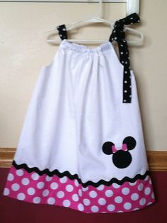 Minnie Mouse inspiré taie d'oreiller robe taille 12m 8                                                                                                                                                                                 Plus