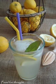 Cookbook Recipes, Cooking Recipes, Cooking Ideas, Sweet Recipes, Glass Of Milk, Smoothies, Brunch, Lemon, Food And Drink
