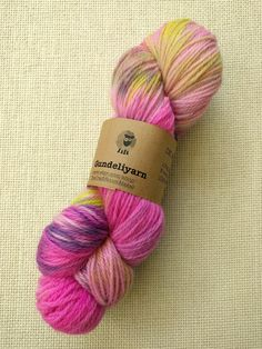 Hand dyed DK weight yarn in bright pink and yellow green - wool yarn - skein - Best Ballpoint Pen, Lace Knitting, Knitting Patterns, Dk Weight Yarn, Sock Yarn, Hand Dyed Yarn, Shades Of Green, Bright Pink, Wool