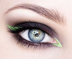 Smokey eye with a pop of green liner ❤ ℒℴvℯly