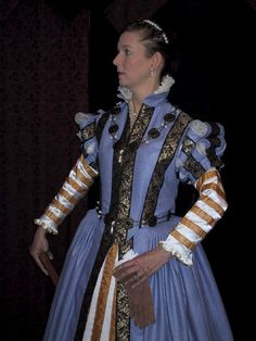 A mid 16th century Florentine Gown in the style of Bronzino, lovingly created!