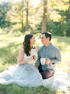 All Engagement Shoots Should Have Donuts + Coffee! – Style Me Pretty