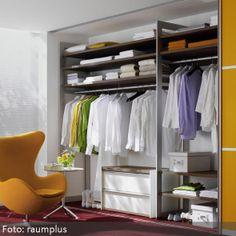 wandregale im look einer bienenwabe modern. Black Bedroom Furniture Sets. Home Design Ideas