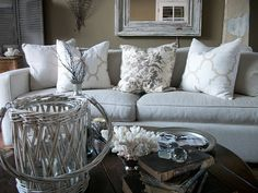 I love the color scheme and pillows!