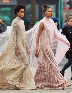 "lisa401971: ""Samile Bermannelli and Cindy Bruna by Hans Feurer for Vogue Arabia, March 2017 """