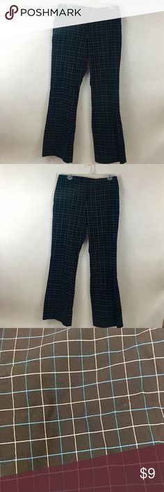 "The Limited Checkered Black,white, blue slacks 10. The Limited Checkered Slacks Size 10. These cute slacks are classics that will never go out of style. Length 37.5, waist 15.5, inseam 28"". Thanks for shopping my closet! The Limited Pants Boot Cut & Flare"
