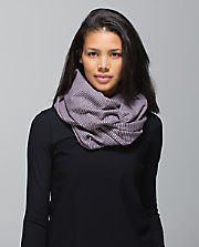 Vinyasa Scarf  REALLY want the mauvelous one...