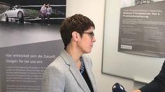 #An #der #Universitaet #des #Saarlandes #hat Daimler Protics #einen #neuen #Standort #im #Sc... #An #der #Universitaet #des #Saarlandes #hat Daimler Protics #einen #neuen #Standort #im #Science #Park 2 #eroeffnet, #ein Tochterunternehmen #der Daimler #AG. #Gemeinsam #mit Studierenden #soll #an #digitalen Zukunftsprojekten gearbeitet #werden. Schwerpunkt #wird #dabei #autonomes #und vernetztes #Fahren #mit Elektroautos #sein. #Ministerpraesidentin #Annegret Kramp-Karrenbauer #