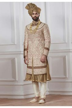 Attractive Groom Peach Color Sherwani Source by Indian Groom Dress, Dress Indian Style, Indian Wear, Sherwani Groom, Wedding Sherwani, Indian Wedding Suits Men, Groom Wedding Dress, Mens Kurta Designs, Indian Fashion Trends
