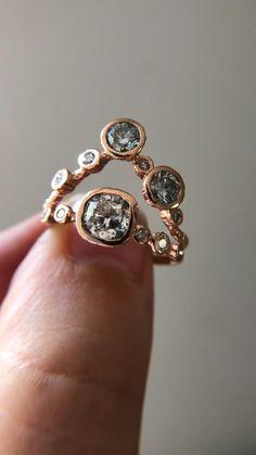 Rose Jewelry, Beaded Jewelry, Jewelry Rings, Jewelry Box, Jewelery, Jewelry Accessories, Vintage Jewelry, Jewelry Design, Wedding Jewelry