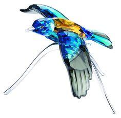 Swarovski Crystal Roller Bird, Blue Turquoise - Swarovski Blue Turquoise Roller Bird offers a light or dark turquoise tone variation depending on how it is. Swarovski Outlet, Swarovski Jewelry, Swarovski Crystal Figurines, Swarovski Crystals, Swarovski Ornaments, Glass Figurines, Glass Animals, Crystal Collection, Silver Lake