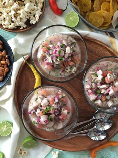 ceviche de pescado Comida Latina, Food Combining, Seafood Dinner, Exotic Food, Latin Food, Kitchen Recipes, International Recipes, Cooker Recipes, Food Porn