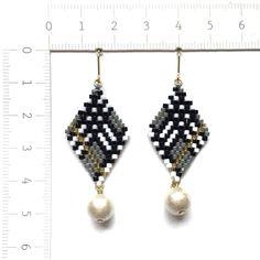 【特集掲載作品】◇glen check × cottonpearl earrings◇