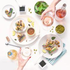 Anna Fracassi (@lennesimoblog) su Instagram   Flatlay, food style, wine lover, flatlay photography, food and wine blog, vietnamese springrolls, involtini primavera, vietnamese food, cucina etnica facile, tenuta fertuna
