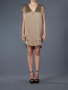 Isabella Giobbi, vestido marrom @farfetchbrasil