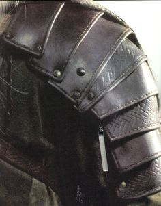 patterns for armour | Can see how the leather pauldrons is strapped near his elbow Better ...