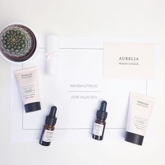 Look at these pretty products by Aurelia  just came in and review will be online after using this. They look so adorable  #aurelia #probiotic #skincare #vegan #organic #cosmetics #flatlay #loveyourskin #blogger #dutchblogger #influencer