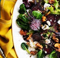 Recipe for Roasted Beet Salad with Goat Cheese and Walnuts