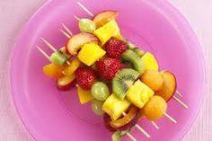Risultati immagini per spiedini di frutta