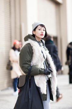 Hi Fashion, Fashion Books, Asian Fashion, Womens Fashion, Fasion, Short Bob Hairstyles, Autumn Winter Fashion, Cool Outfits, Winter Jackets