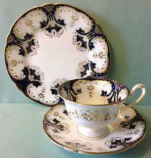 "Shelley/Wileman Gainsborough Shape ""Blue & Gold"" Pattern Tea Cup Trio."