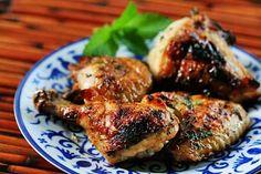 Honey Mint Glazed Chicken on Simply Recipes - Just made it for dinner. Lemon Roasted Chicken, Glazed Chicken, Honey Chicken, Grilled Chicken, Tandoori Chicken, Roast Chicken, Marinated Chicken, Garlic Chicken, Turkey Recipes
