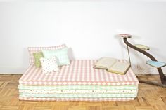 Colchonetas para habitacion infantil http://www.mamidecora.com/complementos_nobodinoz.html