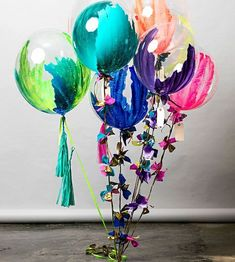 Decoración globos Check out these beautiful hand painted balloons by We would have so much fun making these for our next event. Balloon Bouquet, Balloon Garland, Balloon Decorations, Balloon Ideas, Balloon Painting, Paint Balloons, Marble Balloons, Love Balloon, Balloon Shop