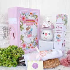 """HAMPERS MANYUE BANDUNG di Instagram """"Cute #babyhampers for welcoming baby Elora She is more precious than JEWEL Blessed parents : Yusuf and Yuke What's inside? #cute mushroom…"""" Welcome Baby, Hampers, Jewel, Stuffed Mushrooms, Parents, Blessed, Cute, Instagram, Stuff Mushrooms"""